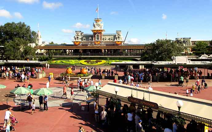 entrance to Disney World Magic Kingdom